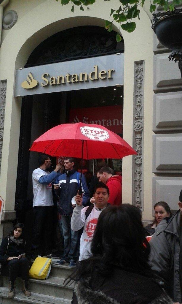 Rosario y Emilio Accion Santander - Stop Desahucios Granada 4