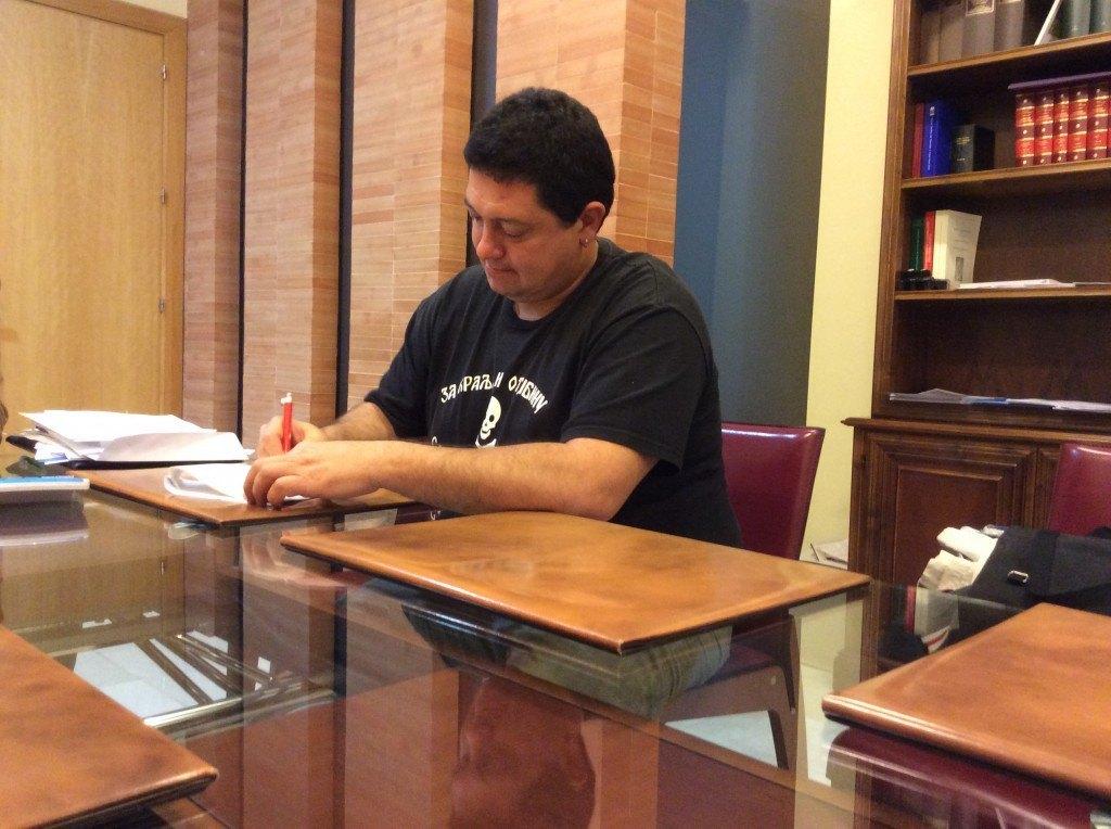 Dación en pago Daniel Gonzalez - Stop Desahucios Granada 15m