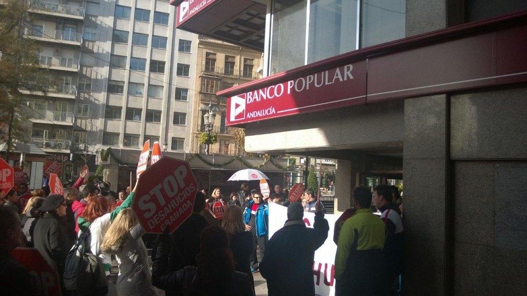 Accion Banco Popular - Stop Desahucios Granada 15M 2