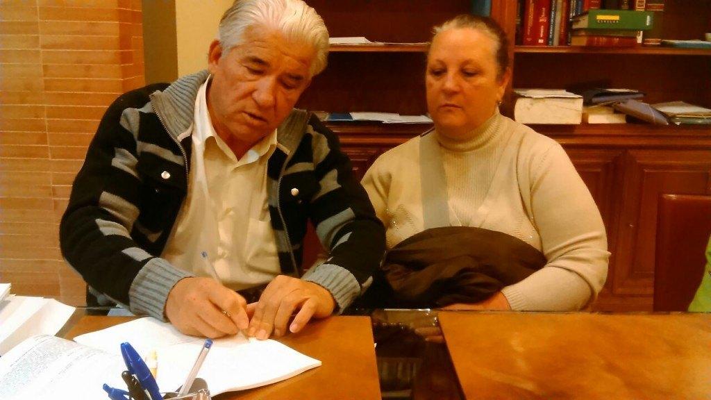 Acuerdo Joaquin y Trini con Santander - Stop Desahucios Granada 15m 1