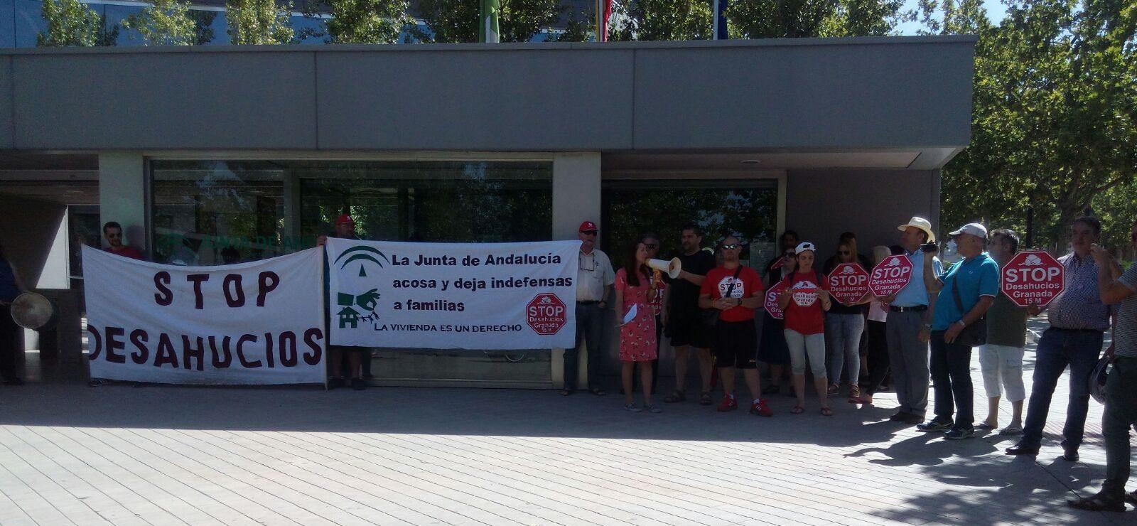 La junta de andaluc a desahucia pararemos el desahucio - Pisos de la junta de andalucia ...