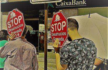 Contra los desahucios: concentración en la puerta de La Caixa